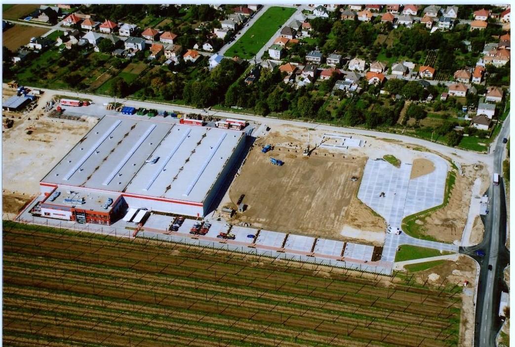 letecký pohľad - realizácia parkoviska pre LKW